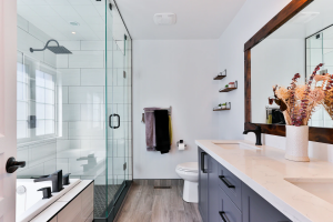 What-Makes-a-Lively-Looking-Bathroom-featured-image