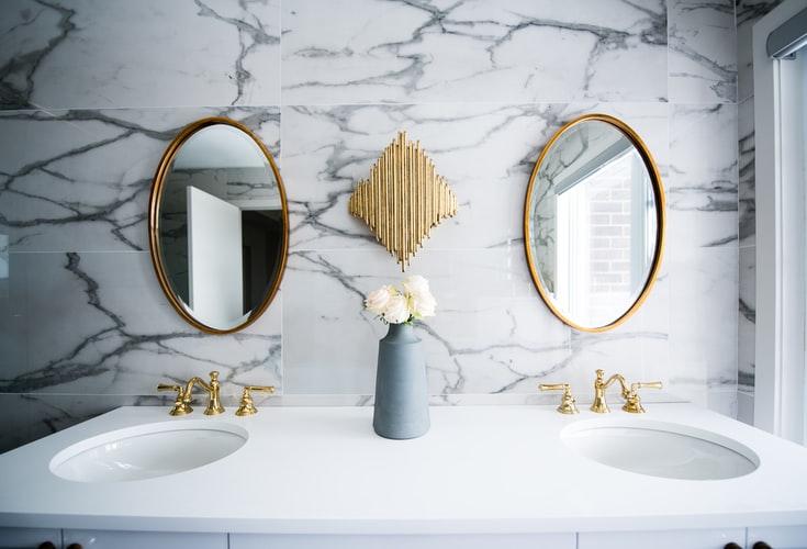 7 Ways to Breathe New Life Intro Your Old Bathroom